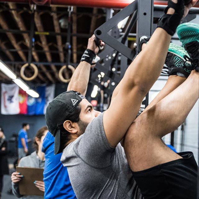 one day belated but come get those birthday bar muscle ups @jayrey315!    #ridgewood #bushwick #glendale #bedstuy #crossfit #crossfitter #crossfitgames #crossfitcommunity  #crossfitlifestyle #crossfitters #crossfitfamily #fitspo #fitfam #health #fitness #fit #workoutmotivation #healthylifestyle #workout #gymshark #sport #gym #muscle #mobility #training #nopainnogain #fitnessaddict #power #lift #fitnessgoals