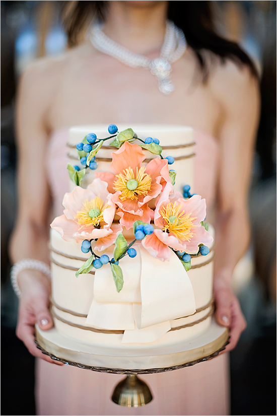 peachandblueweddingcake