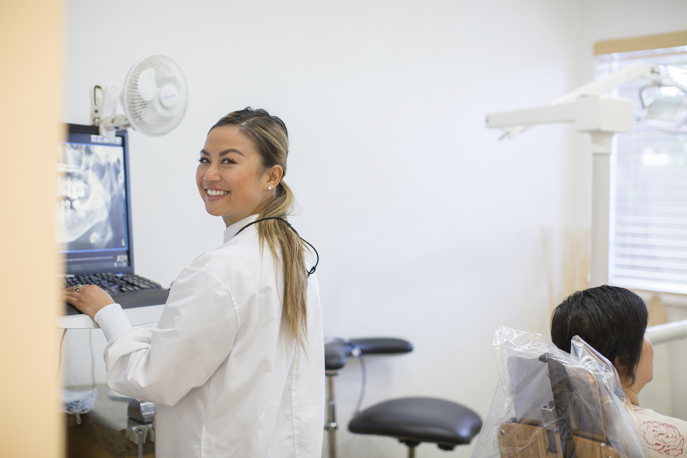 San Leandro Dentist | Dental Implants | Cosmetic Dentist