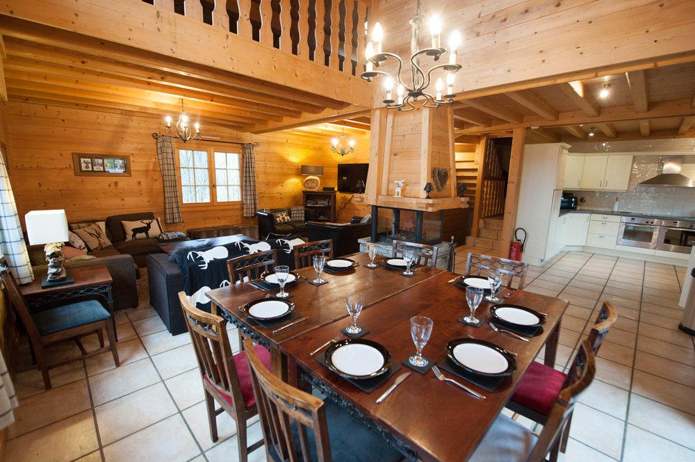 dining_table_set.jpg
