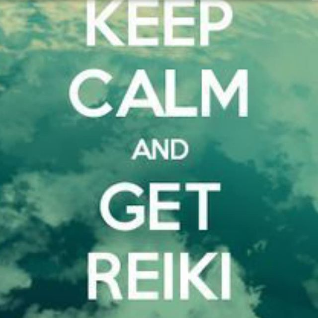 Are you looking for a way to shift your energy and release feeling stuck? Check out my Distant Reiki healing services via the link in my bio. For a special discount send me a dm saying you are interested and I'll sent you a discount code. Limited openings available. 😁 . . . . #intuitive #reiki #wellness #bossbabe #clarity #support #spiritjunkie #manifest #love #change #mindset #momentum #motivation #shift #abrahamhicks #angelcardreading