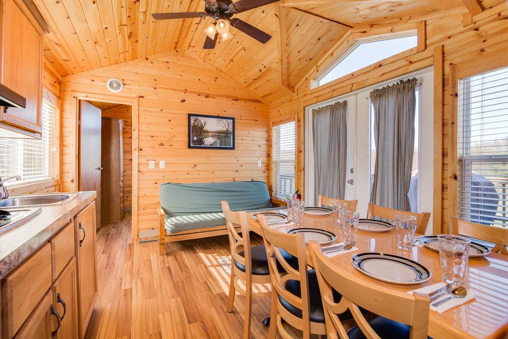 Cottage 10-007.jpg