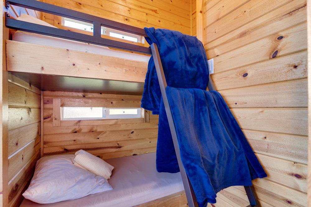 Cottage 11-016.jpg