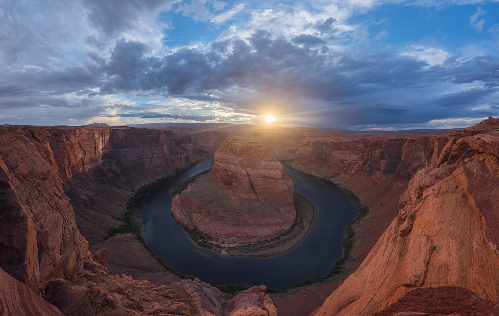 [Horseshoe Bend State Park, Page, AZ -- 30 bracketed vertical photos, Nikon D810, Nikkor 14-24mm 2.8G]