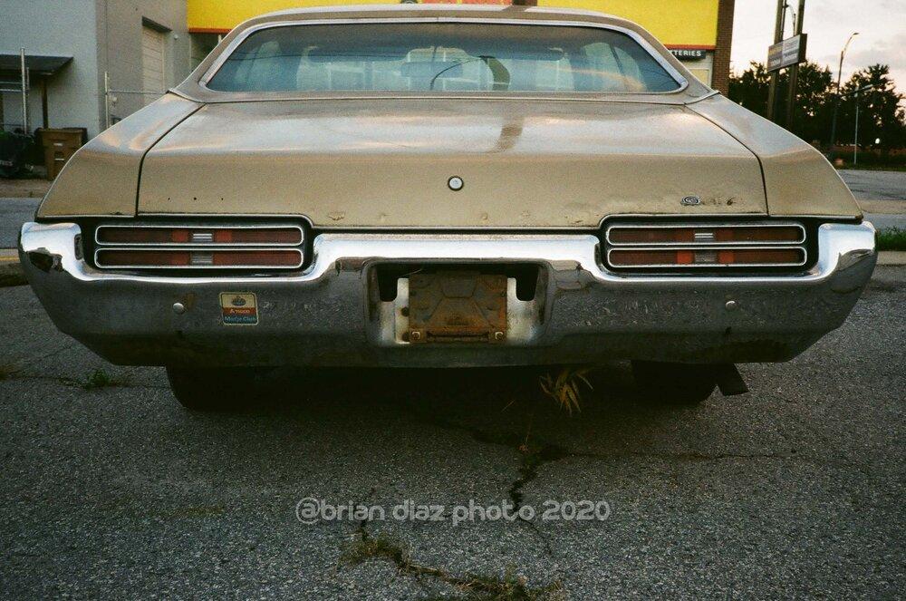 Off The Road (Kodak Gold 200)