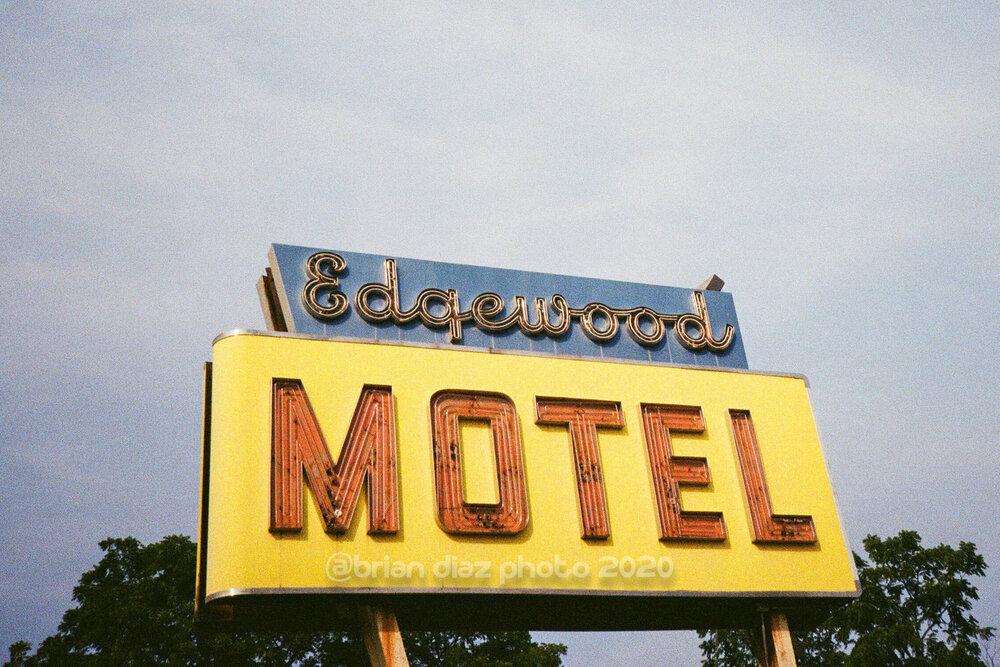 Edgewood (Kodak ColorPlus 200)