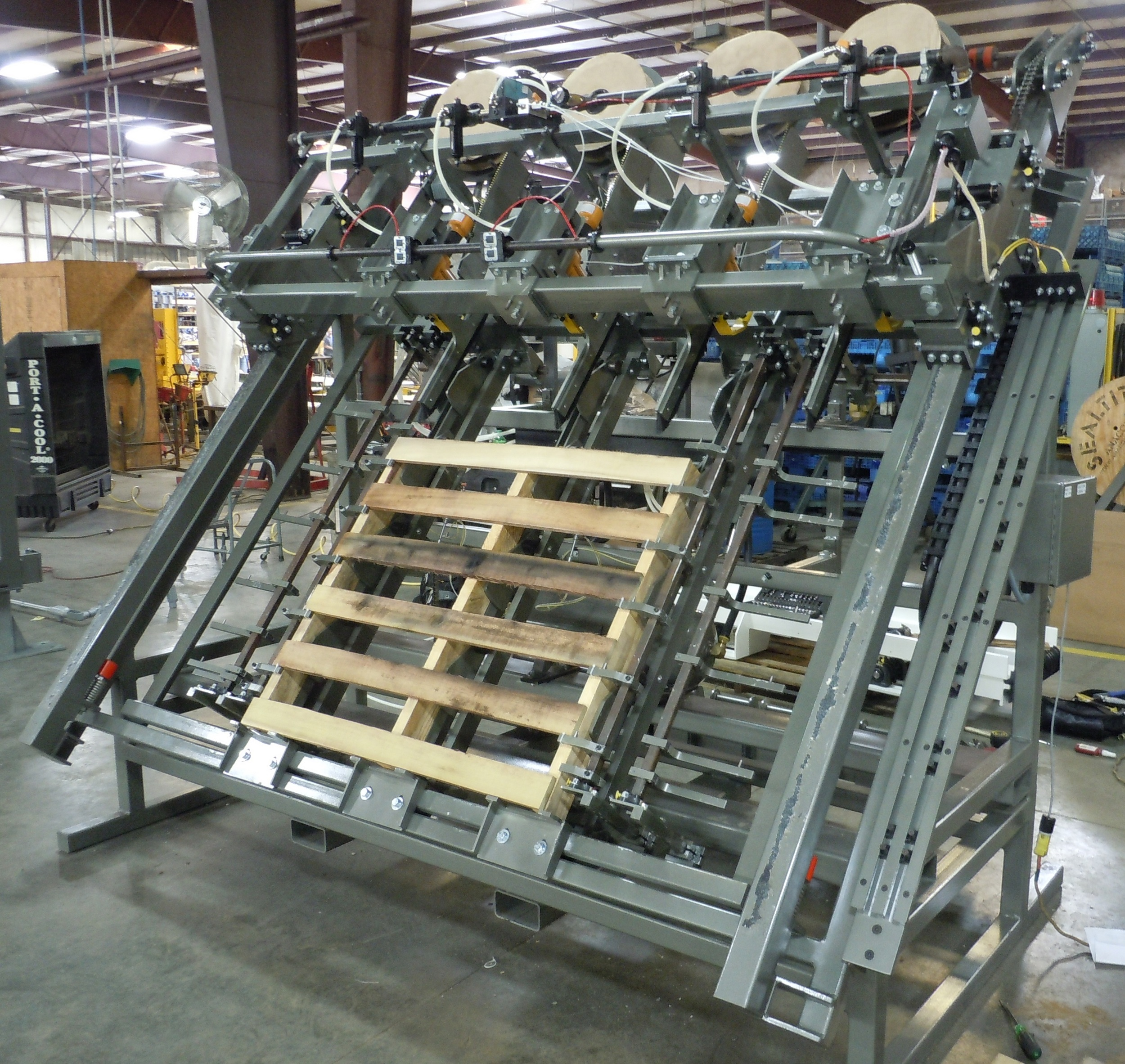 Single Man Pallet Machine