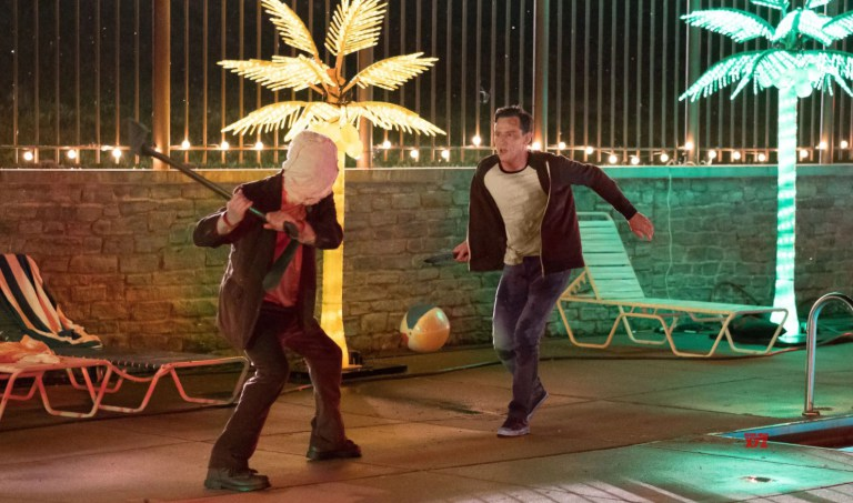 (L-R) Damian Maffei and Lewis Pullman in THE STRANGERS: PREY AT NIGHT