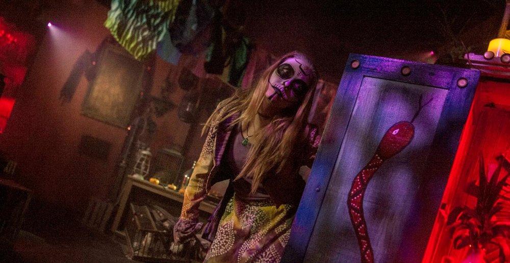 Worlds of Fun Halloween Haunt - Blood on the Bayou