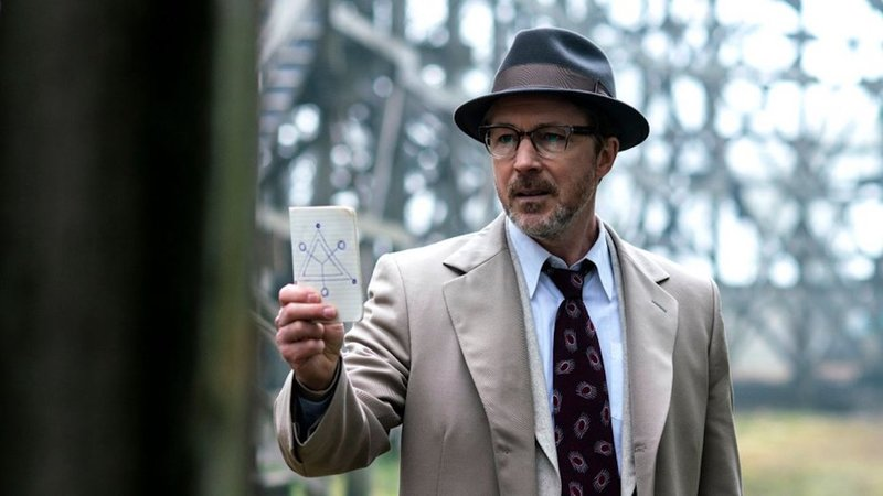 "Aidan Gillen portrays Dr. J. Allen Hynek in HISTORY's new drama series ""Project Blue Book"" 