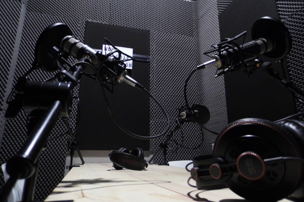 Podcast studio hire, podcast hire, hire podcast studio, london podcast studio, make a podcast