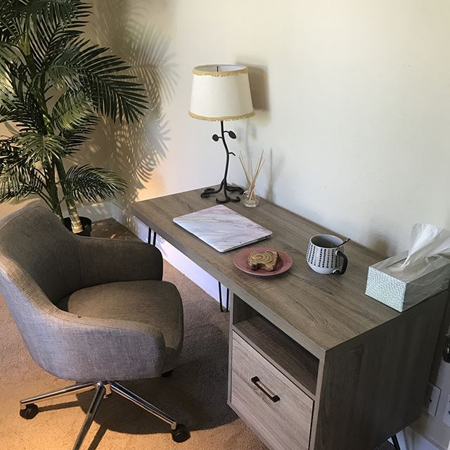 My lovely new office space here in Layton is making the back office work of having a small home birth Midwifery practice much more enjoyable!! 👩‍⚕️👶👩‍💻 • • • • • #workinthemorning #midwifelife💕  #utahempoweredbirth