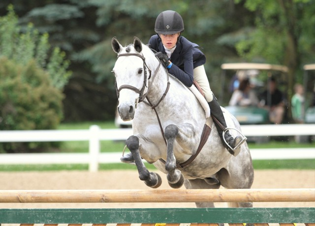 $1000 Pony Hunter Classic    Top That owned by Emily Elek-Burtard and ridden by Natalie Jayne