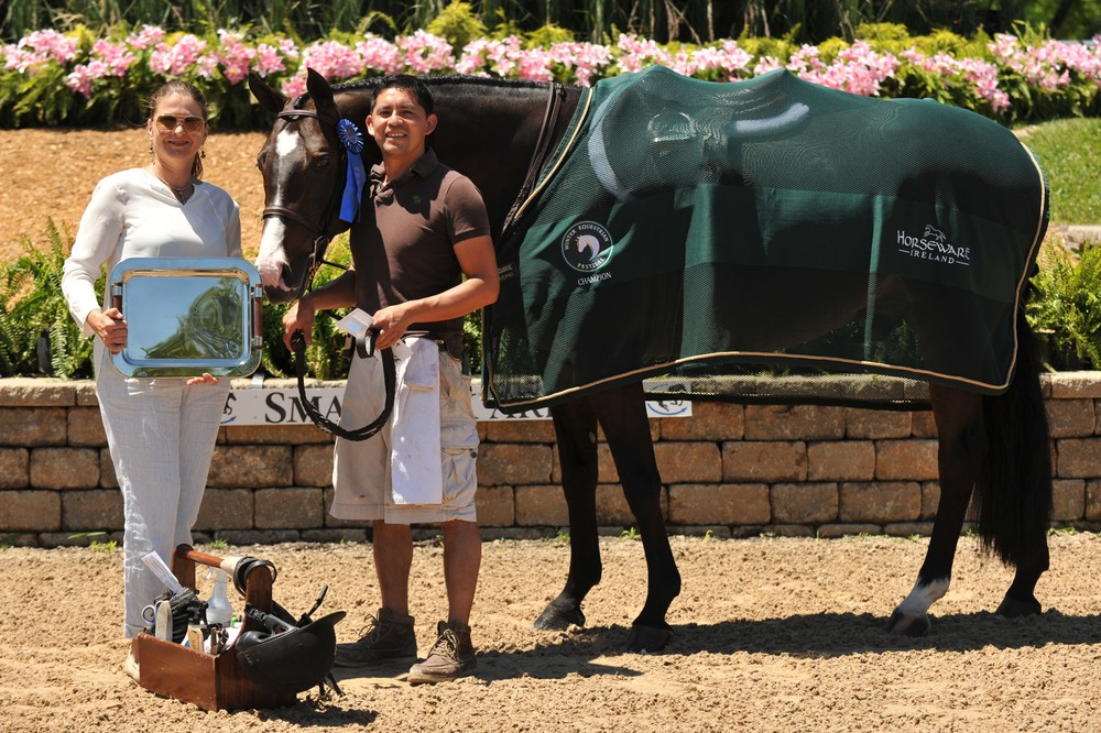 Photo by Andrew Ryback Photography $1,500 Grooms Class Sponsored by Equis Boutique Galway Farm won the first place prize