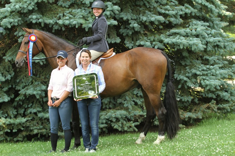 Marshall & Sterling Children's Classic  Keepsake, owned by Keely Fitch and ridden by Melissa Hirt