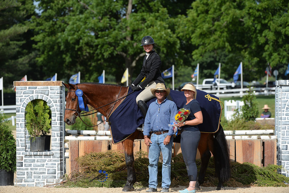 Sophie Onody and Phoenix won the $20,000 USHJA National Hunter Derby - Non-Professionals Photo by Anne Gittins Photography