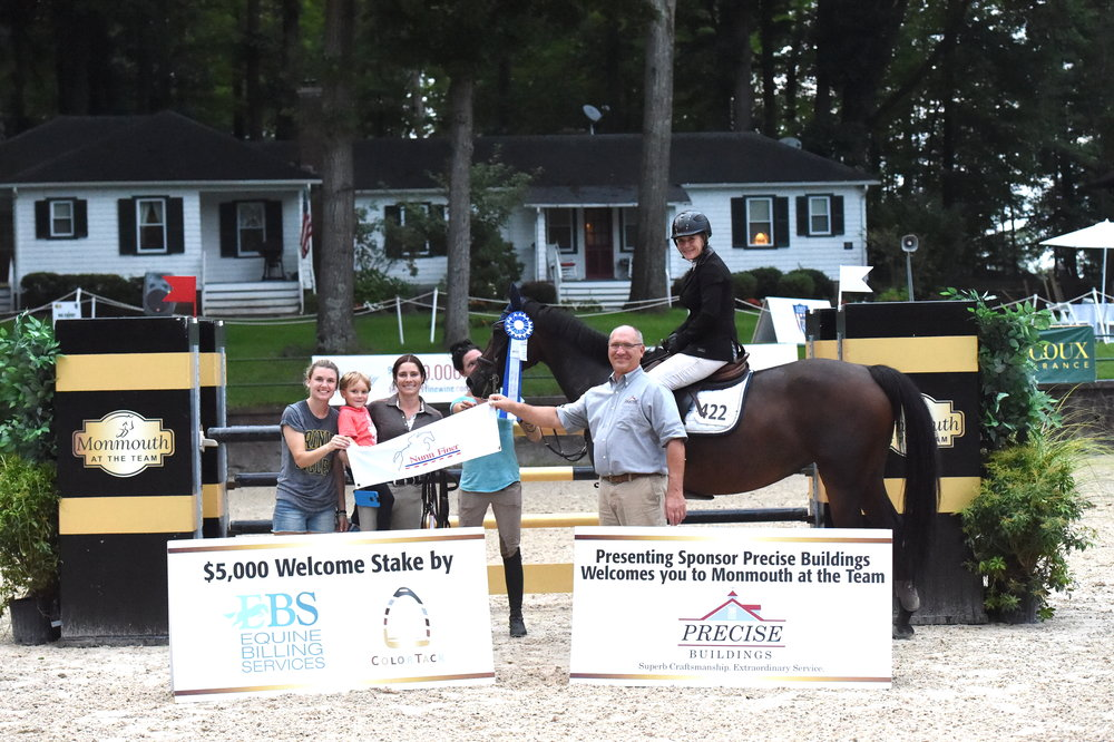 Penny Brennan and Darena MB receive their awards. Boot and Bridle presented a Nunn Finer bridle. Precise Building's Steve Yinger presented the award on behalf of Equine Billing Services. Photo by Anne Gittins Photography