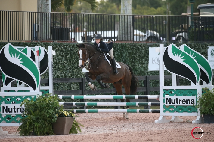 Elodie Watrous and Penkivil in the Puddle Jumpers. Photo by SportFot