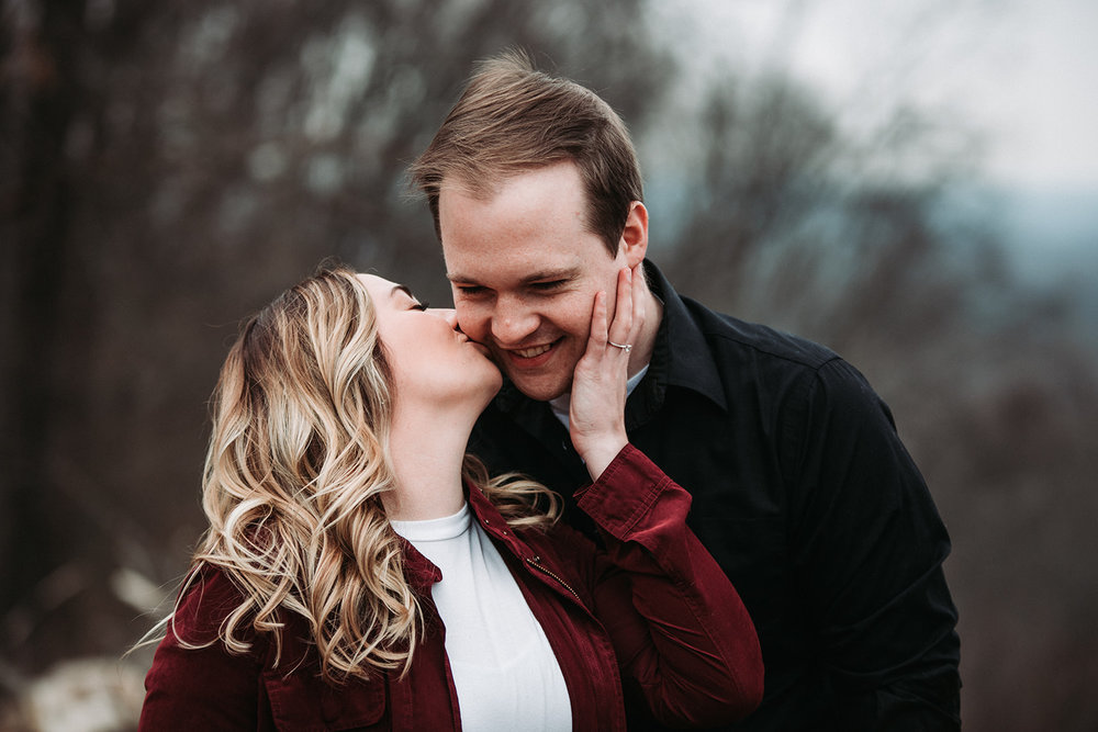 Brown County State Park Winter Engagement Session-5.jpg