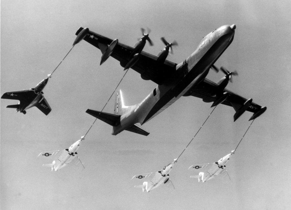 Figure 6. R3Y-2 Quadruple in-flight refueling by US Navy.