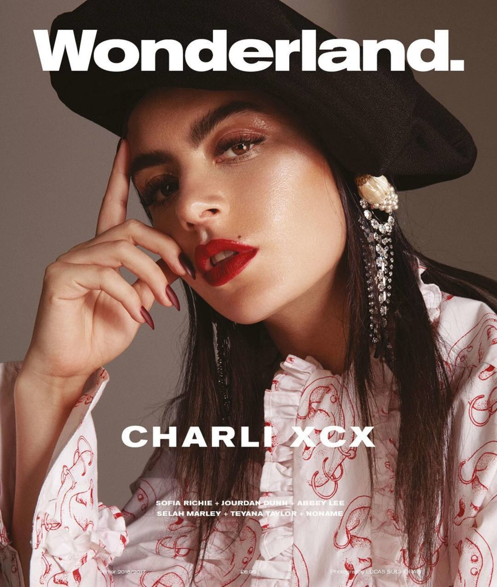 Wonderland - Winter Issue 2016