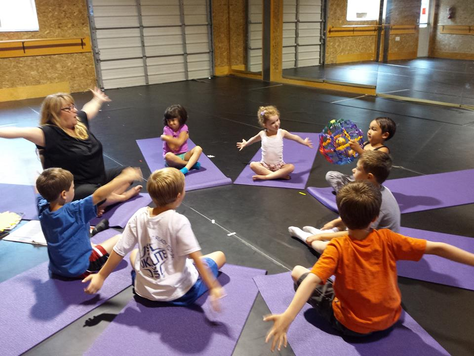 yoga-young-people-camp2015.jpg