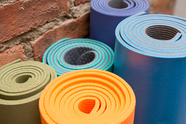 yoga-mats-group-lede.jpg