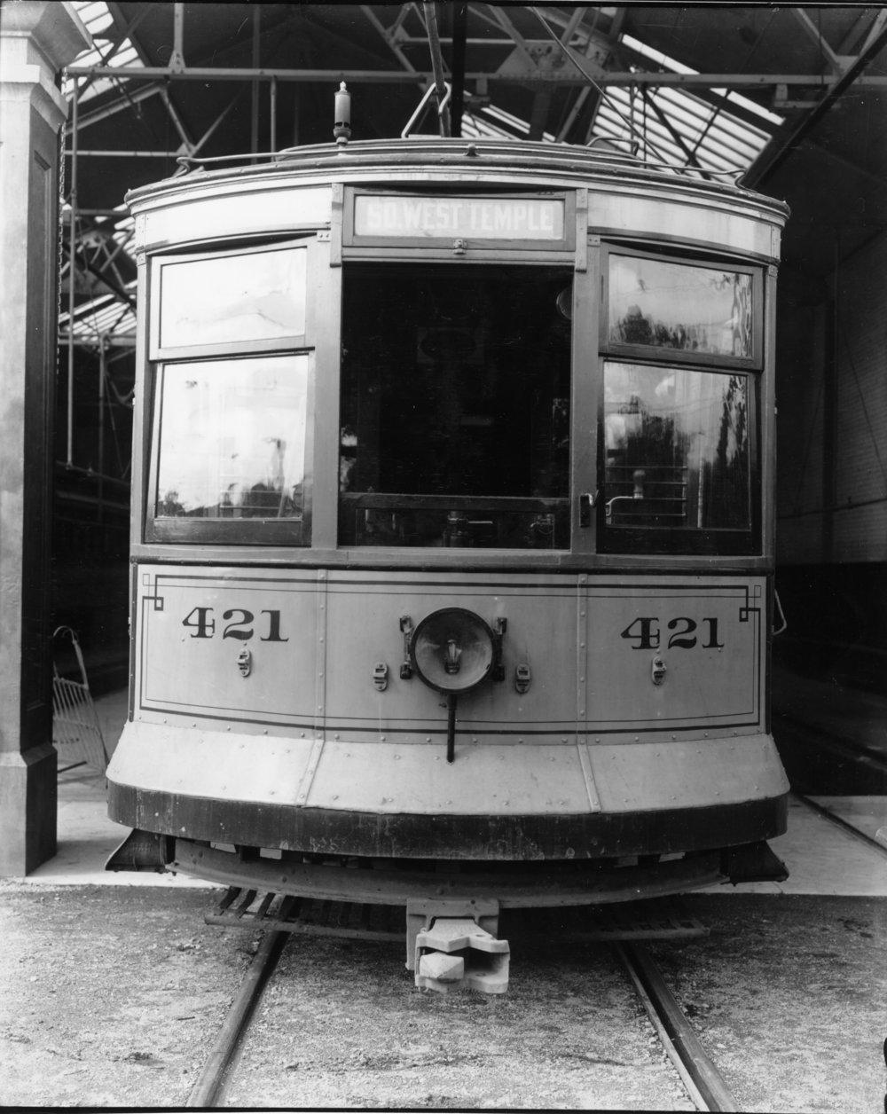 19111002_Street_Cars_P_45_USH.JPG