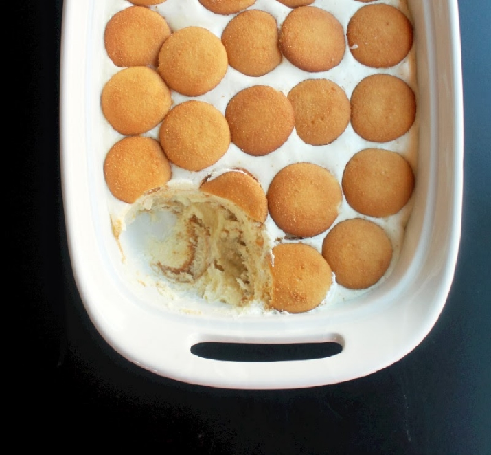 This Nilla Wafer Banana Pudding recipe from Creole Contessa is to die for!!