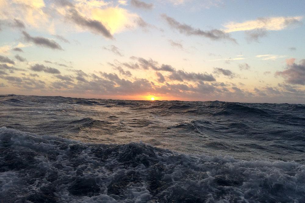 sailing_sunset.jpg
