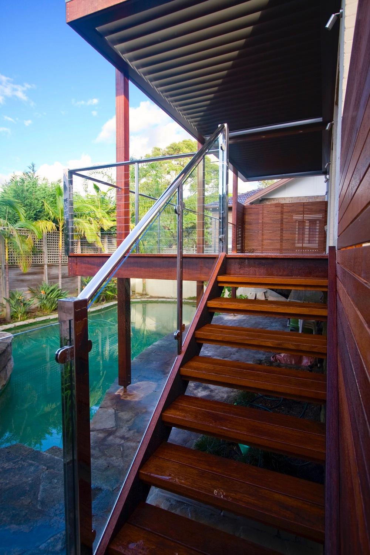Deck stair.jpg