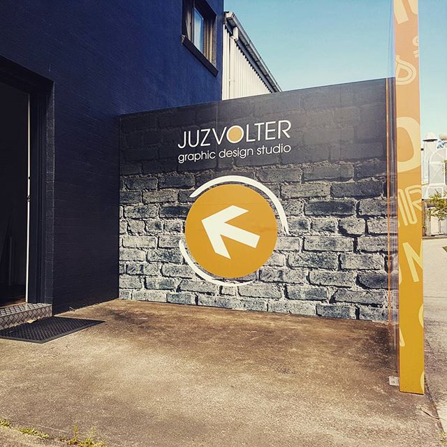 To give us a #grandentrance, we used #digitally #printed #vinyl on our wall return with a #mattclearoverlaminate for UV & weather protection. #walkthisway #juzvolter #graphicdesign #designer #portfolio #commercial #taree