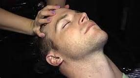 men's scalp massage.jpg