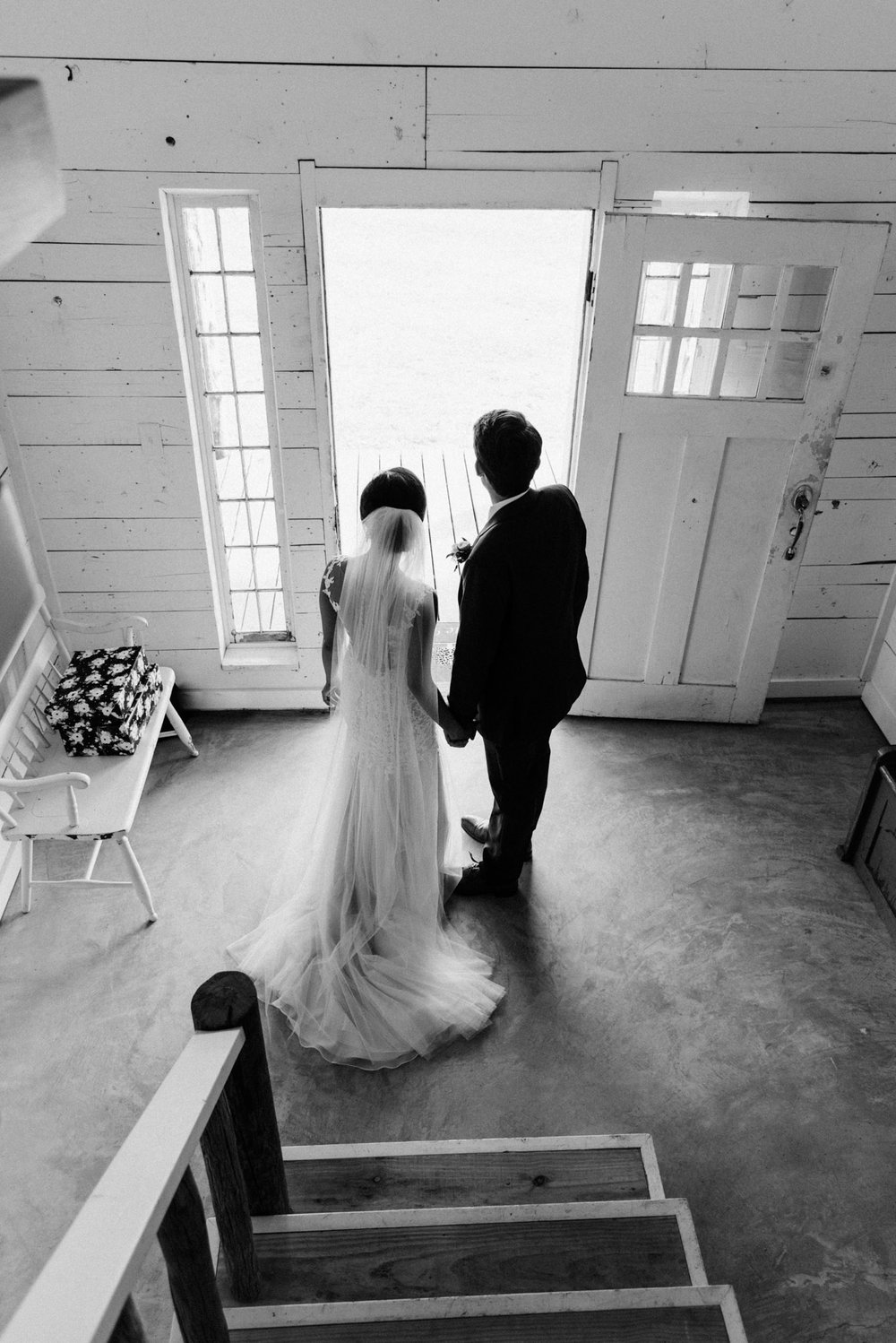 Tanner Burge Photography - Kindred Barn Wedding Day with Anna & Zach.jpg