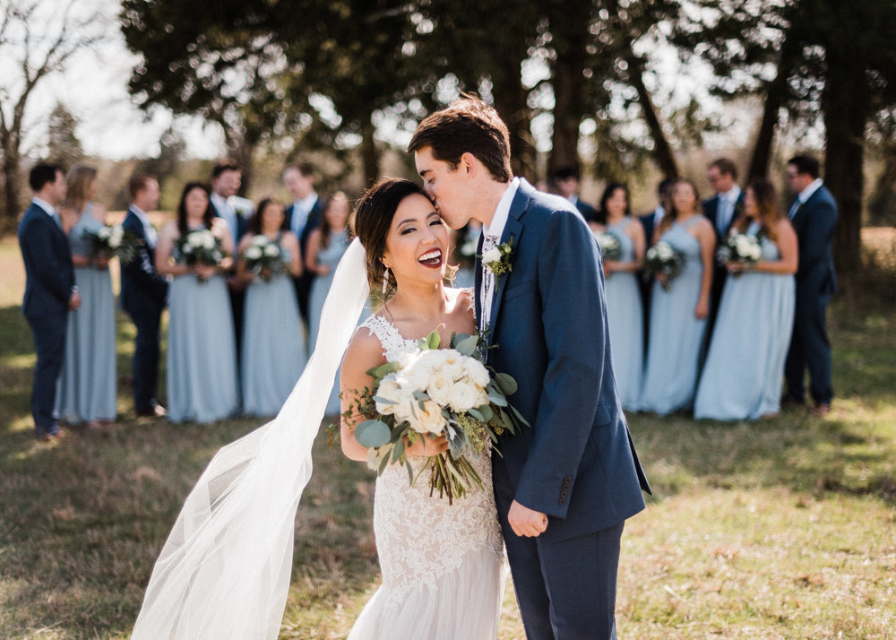 Tanner Burge Photography - Anna & Zach full wedding party at Kindred Barn.jpg