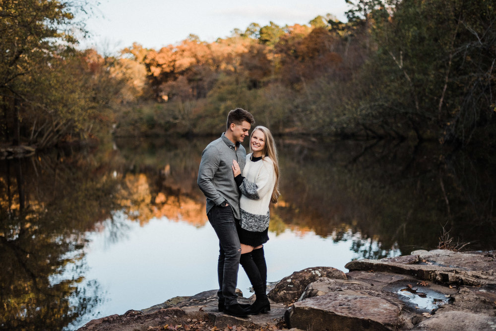 Tanner Burge Photography, Petit Jean State Park Engagements, Bear Cave Trail, Petit Jean Engagement inspo, Arkansas Engagement Locations, Unique Location Ideas for Engagements, Arkansas Engagement Session, Adventure Engagement Session, Mountain Engagements, Arkansas Photographer, Arkansas Engagement Photographer, Posing Ideas, Engagement Outfit Inspo
