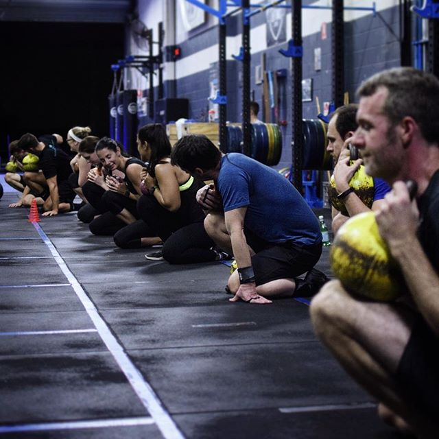 Take a knee . . #mobility #preparation #crossfit #gymcartel #progress #balance #integrity #opportunity #enjoythejourney