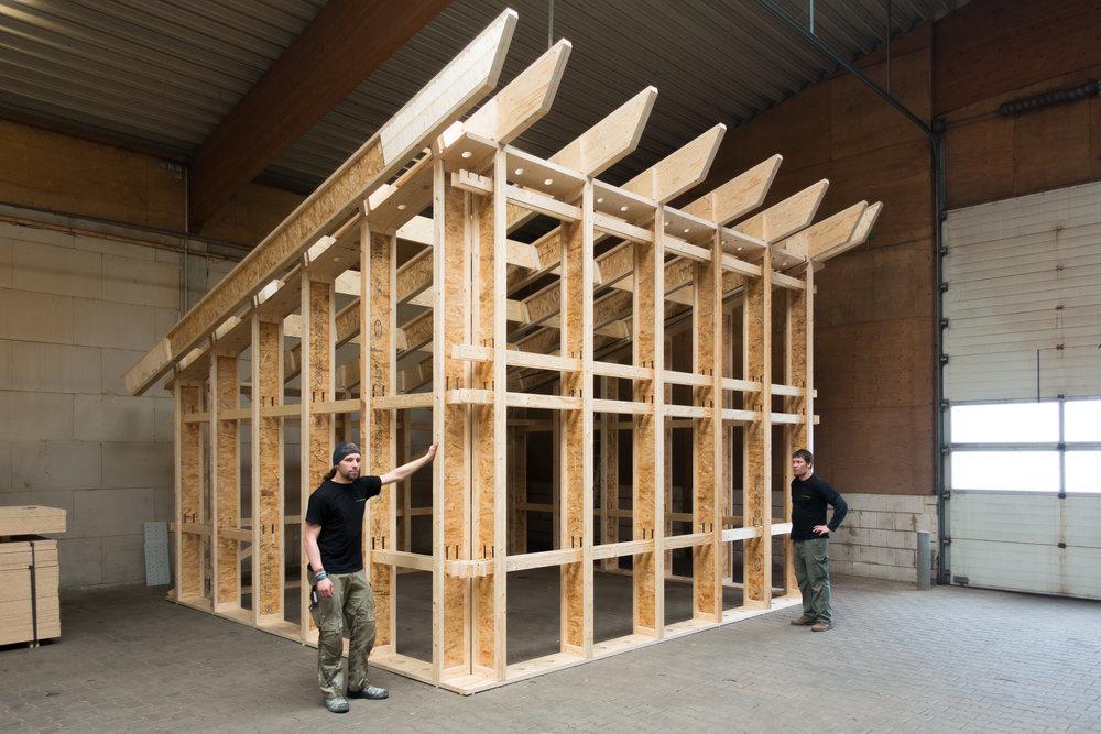 der typ b ist zur ck si modular. Black Bedroom Furniture Sets. Home Design Ideas