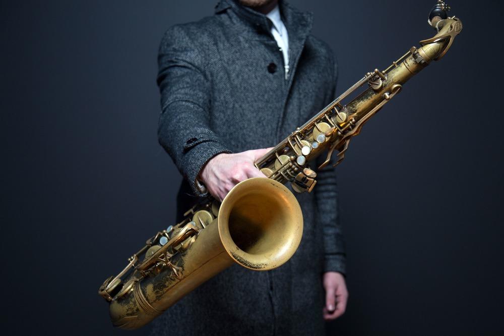 saxophone-918904_1920.jpg