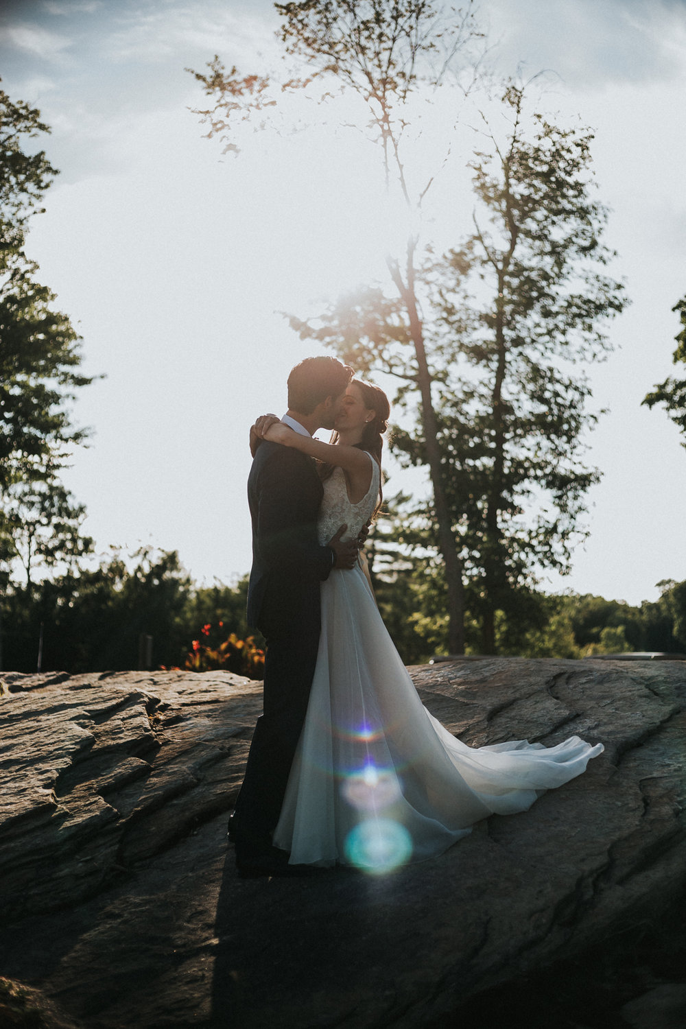 bride and groom sunset photo shoot during muskoka wedding