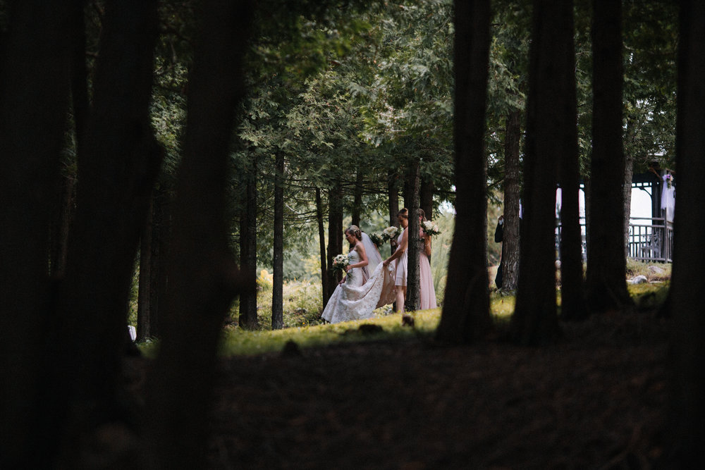 bridal party forest portraits