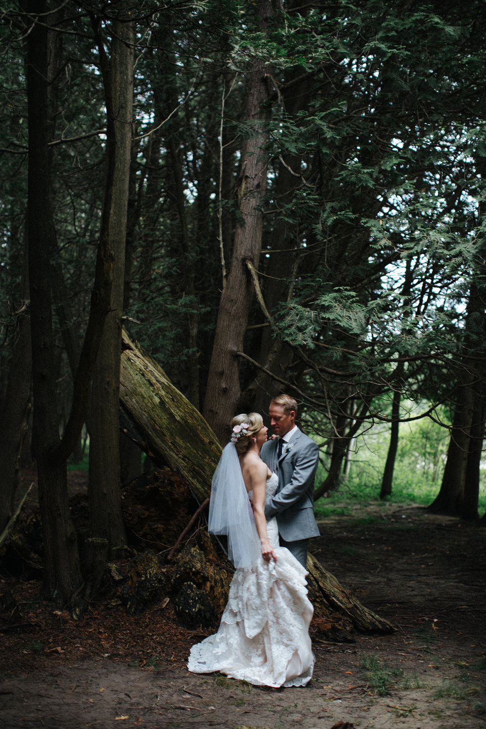 intimate woods wedding