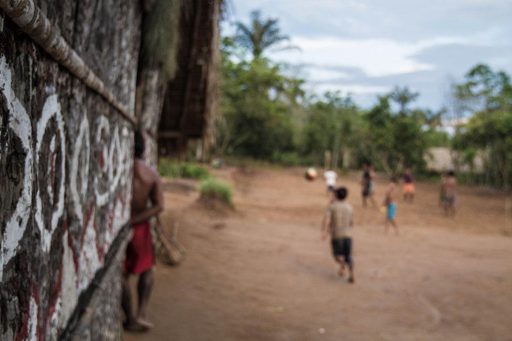b_pedro bayeux tribe play 19.jpg