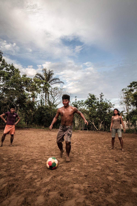pedro bayeux tribe play 9.jpg