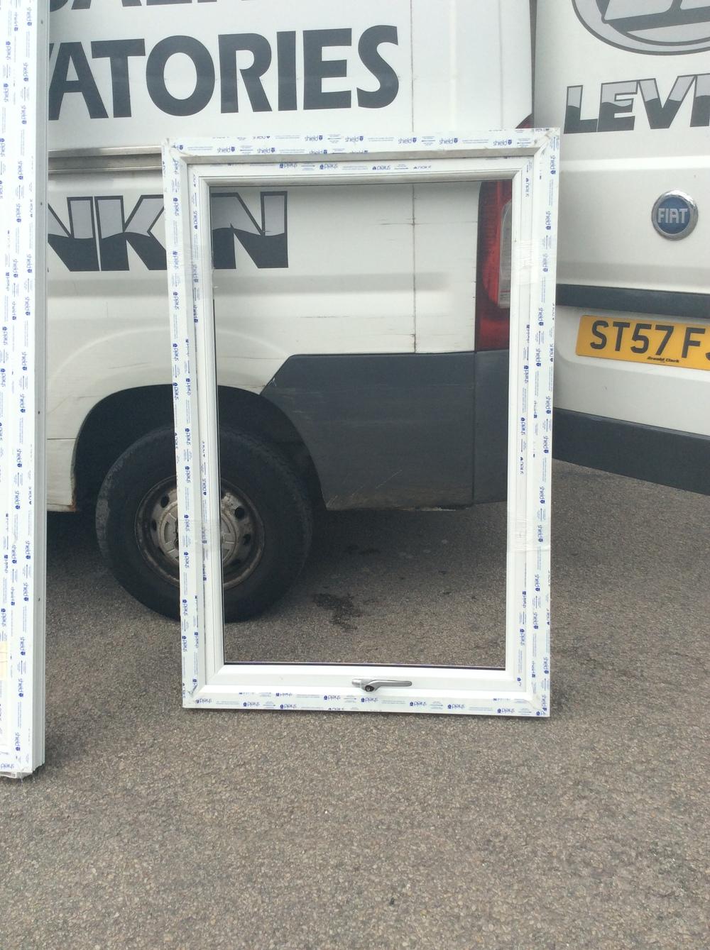 White uPVC casement window 990 mm wide x 1500 mm high £50 + VAT