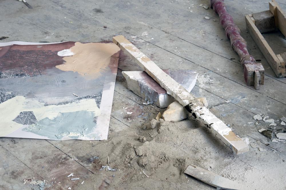 Atelier compositie, zand, hout, pigmenten, zeefdruk, 35x20 cm, 2015, Maastricht