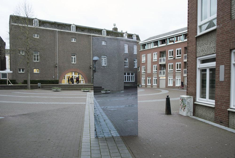 2017,Ruimtelijke interventie in samenwerking met Sara Bachour, mesh, print, mdf, Maastricht, NL