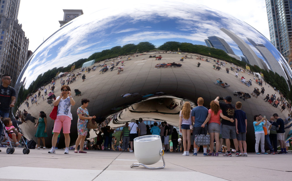 Solari Cooker in front of the massive Cloud Gate by Anish Kapoor.