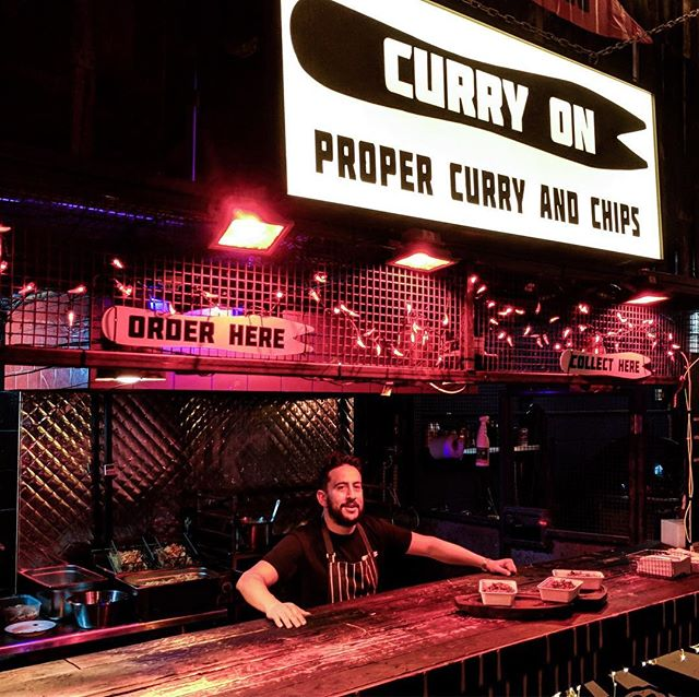 Last weekend of our Curry & Chip Magic 🎉🌶🍟@streetfeastldn #HawkerHouse come get some before we move onto the next spot 💪 #ItsBeenASpicyBlast  #nevertoolate #curryon #streetfood #london