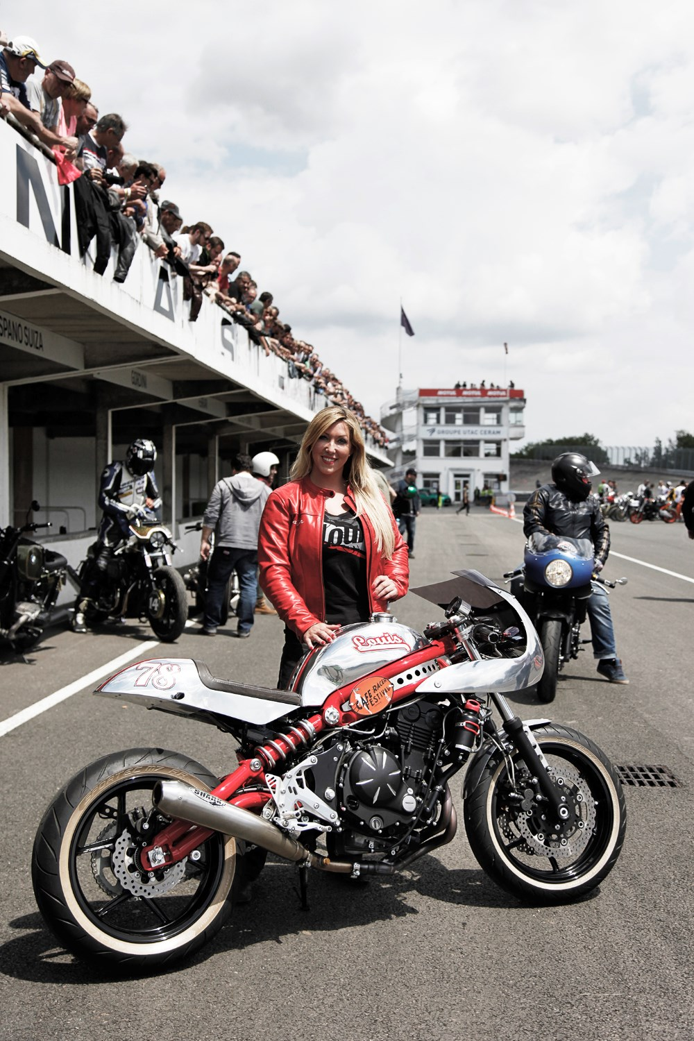 Queen of wheelies  and stunt girl extraordinaire Mai Lin wowed the crowds with a demo on her Kawasaki ER-6. Her road bike is a Triumph Speed Triple.